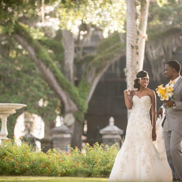 Bride and Groom in The Plaza De la Constitućion St. Augustine