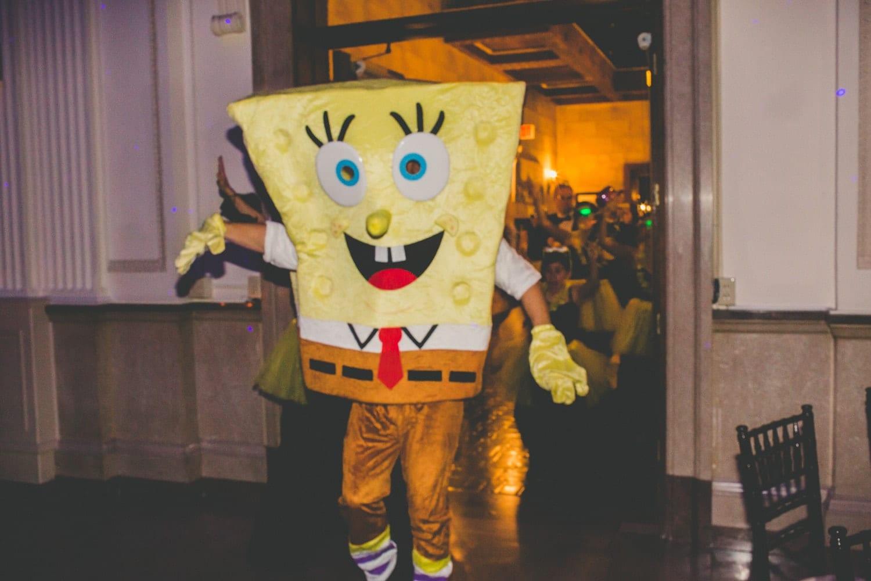 Sponge Bob Hora Loca | Modern St. Augustine Wedding at The Treasury on The Plaza